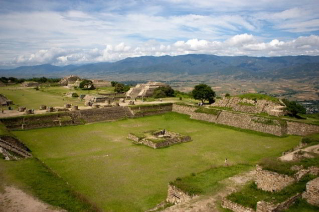 TOUR TO MONTE ALBAN & INDIGENOUS TOWNS