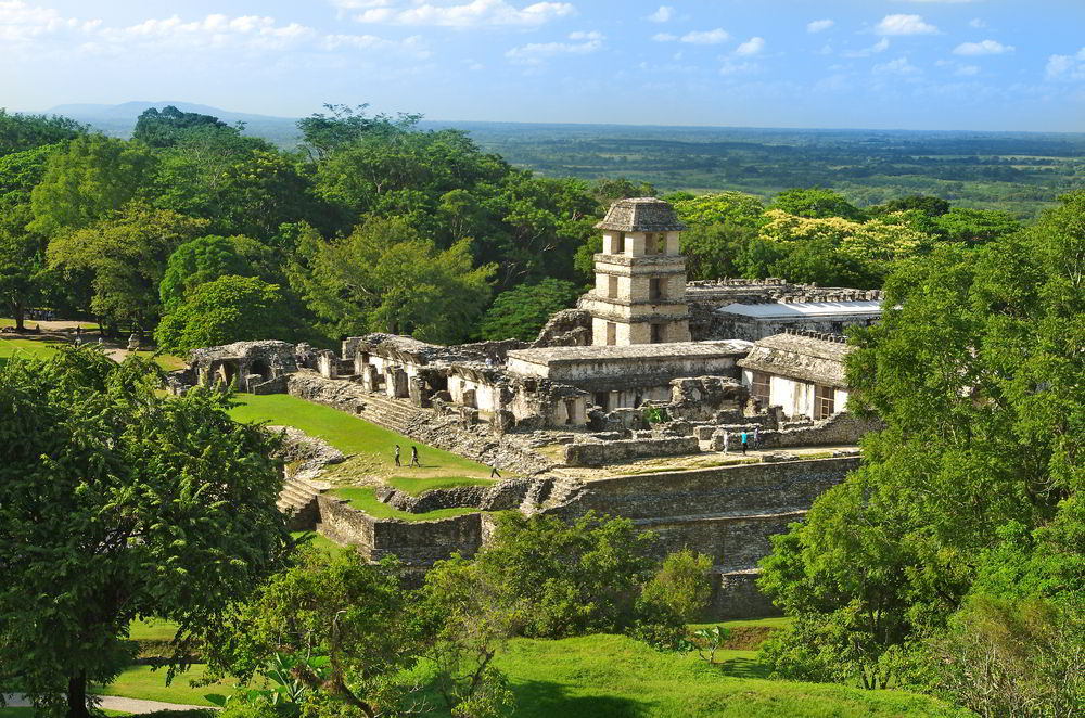 ANCIENT MAYA CITIES. Tour the the past and present of the Mayas